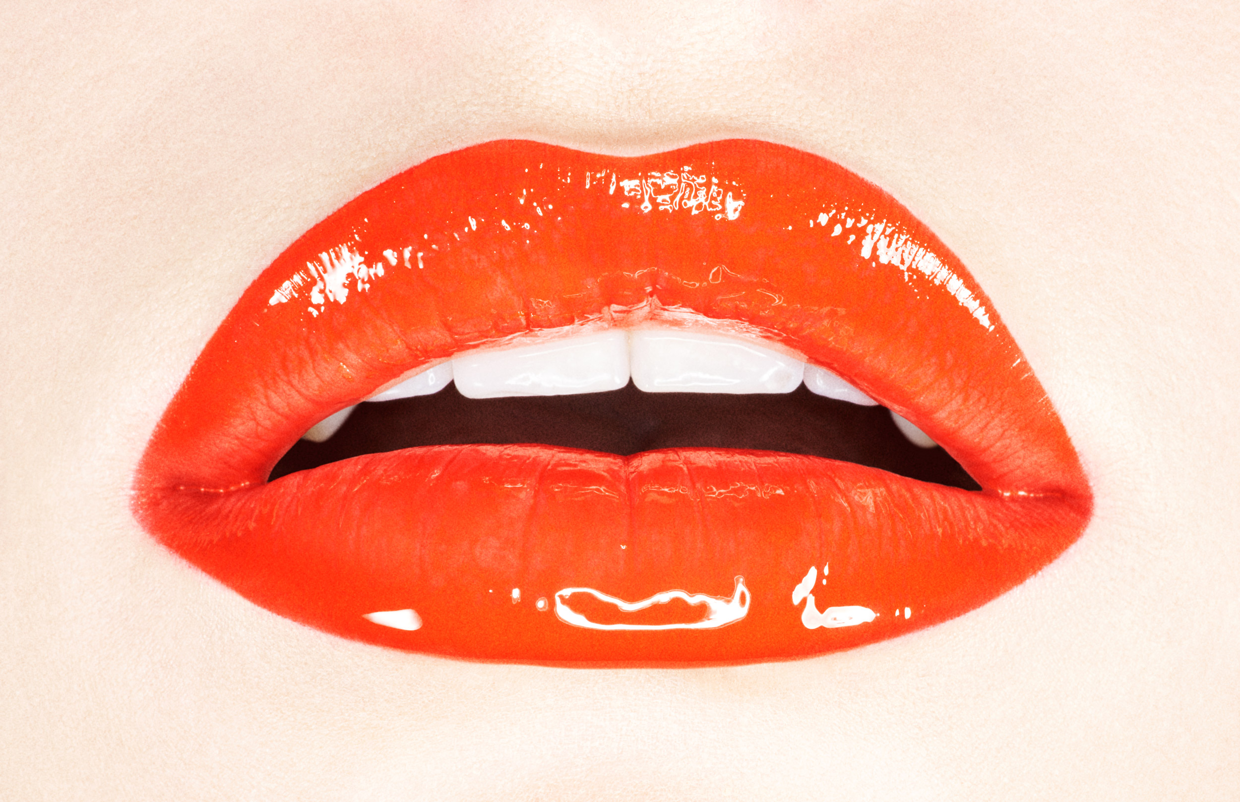 Musilek-Stan-Fenty-Beauty-Rihanna-Red-Lips-Juicy-Close-Up-Beauty-Photographer-Advertising